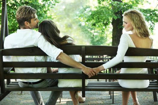 10 Tips For Emotional Infidelity Recovery (When You're The